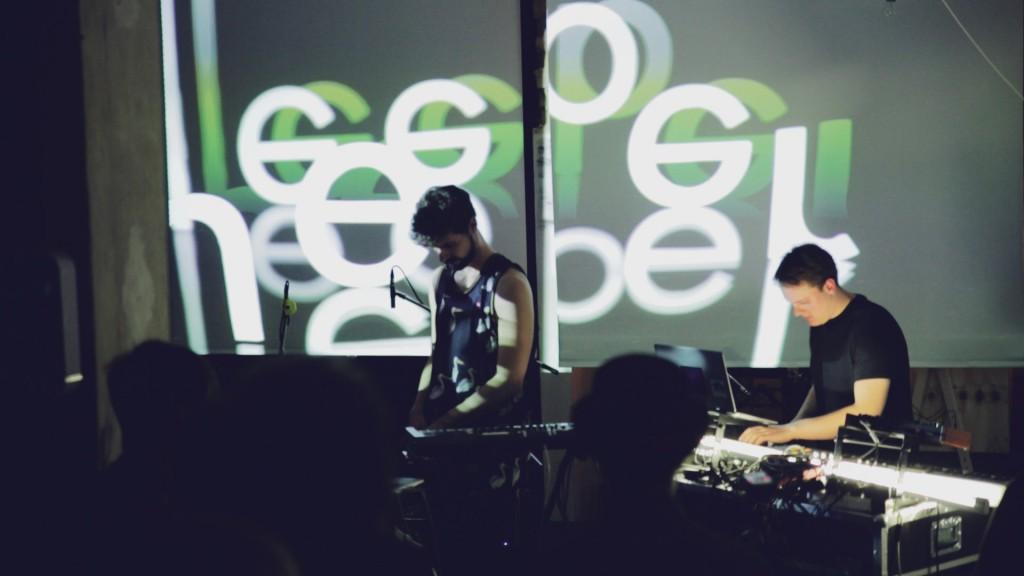 Konzert von SineSleeper im Pop-Up Studio. / Foto: David Fuesgen